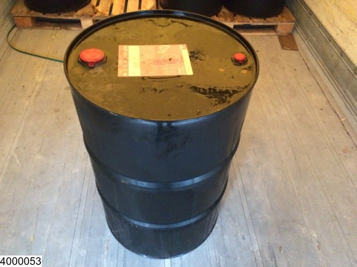 Motrio 200 Liter OIL DRUM . 36 x 10w40 / 8 x 5w40 ENGINE OIL