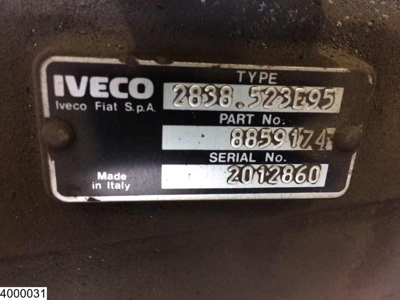 Iveco 2838, Manual